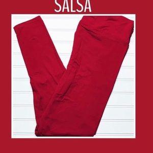 Lularoe One Size.NWT Salsa Red Leggings❤️
